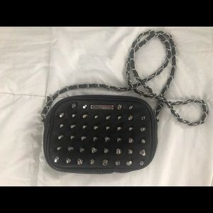 Chain link black leather rampage bag never used